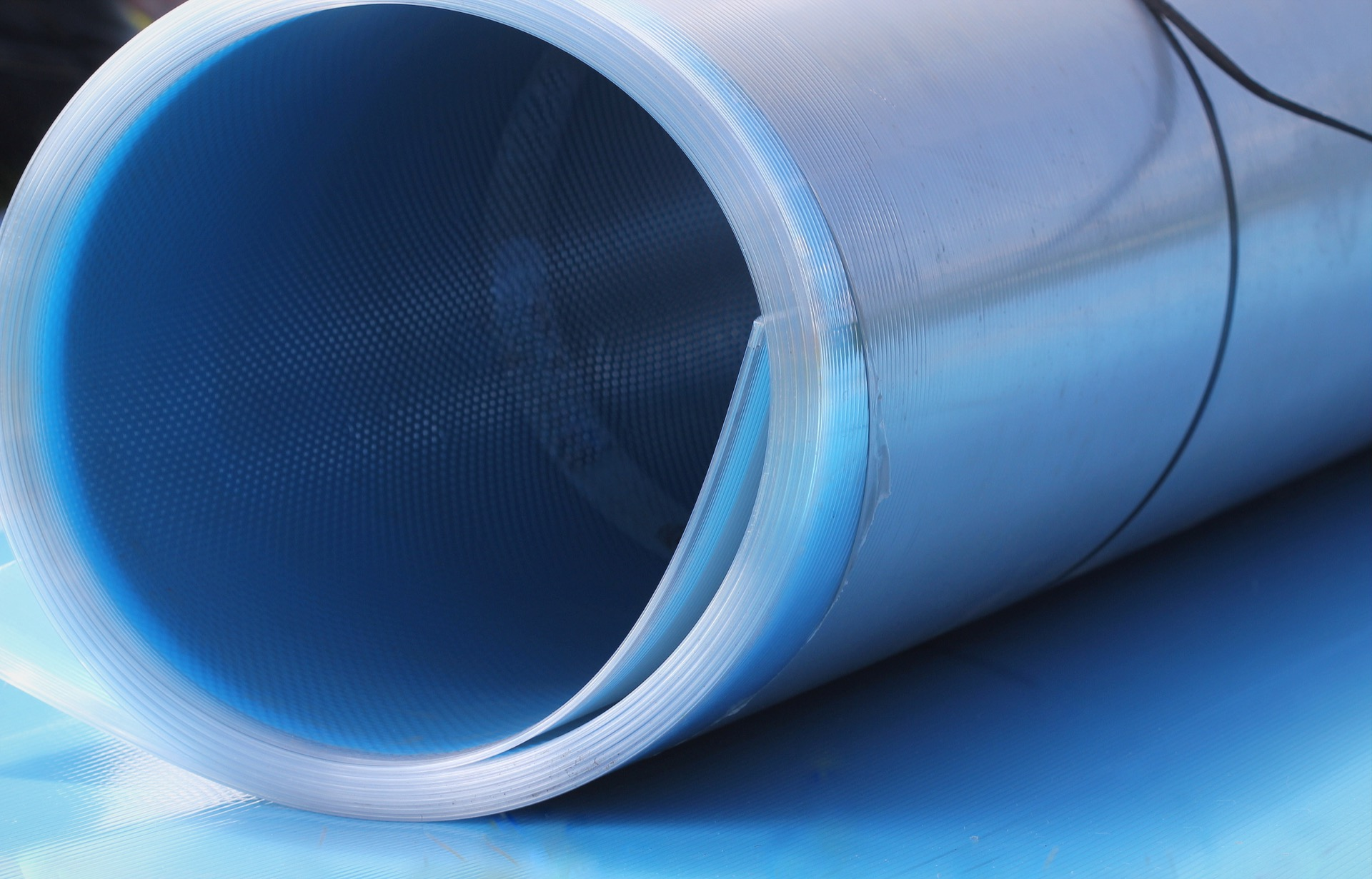 Transparent polycarbonate roll